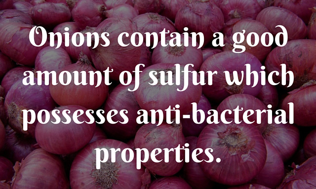 Onions-contain-a-good-amount-of-sulfur-which-possesses-anti-bacterial-properties