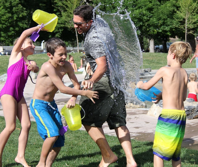 10 Tips to keep your kids healthy in summer