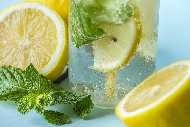 How to takemake the lemon water