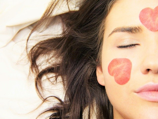 Makeup best practices to keep your skin healthy 1